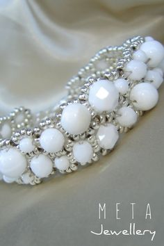 Handmade beaded asymmetric bracelet with white glass beads Beaded Jewelry, Beaded Bracelets, Glass Beads, Pearl Necklace, Pearls, Handmade, String Of Pearls, Crystal Beads, Hand Made