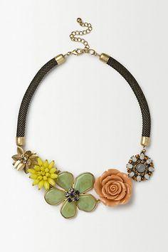 Summer Bloom Necklace - anthropologie.eu