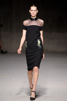 Christopher Kane Fall 2011 Ready-to-Wear - Collection - Gallery - Look 1 - Style.com