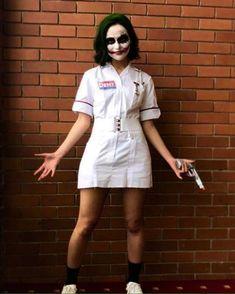 Joker Nurse Cosplay Joker Nurse Costume, Joker Halloween Costume, Halloween Costumes Women Creative, Halloween Carnival, Couple Halloween Costumes, Halloween Outfits, Costumes For Women, Female Joker Costume, Halloween Customs