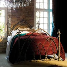 Love this Bespoke Gothic Bed