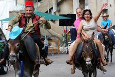 Descubra la carrera tradicional de burro que se celebra cada año en El Líbano. Visite nuestra página y sea parte de nuestra conversación: http://www.namnewsnetwork.org/v3/spanish/index.php #nnn #bernama #donkey #burro #malaysia #malasia #libano #tradicion #carrera #noticias #news #fotos #pics #rum #ron
