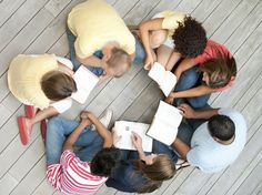 What kids are reading, in school and out. The comments here are fantastic and should elicit good discussion.