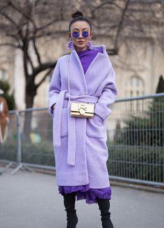 Violett-Nuancen kombinieren Zendaya Mode, Moda Zendaya, Zendaya Style, Fashion Week Paris, Spring Fashion, Mauve, Lilac, Casual Winter, Fall Winter