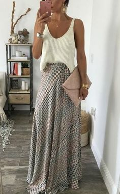 cream and light earth tones...classy & versatile <3