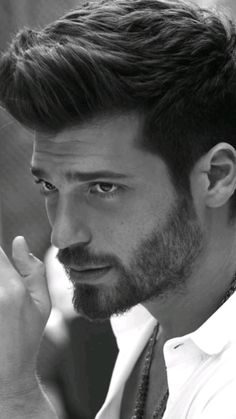 Turkish Men, Turkish Beauty, Turkish Actors, Beautiful Men Faces, Beautiful Smile, Nice Outfits For Men, Beard Art, Gents Fashion, Hot Actors