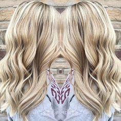 IG: haileymahonehair | Winter blonde.