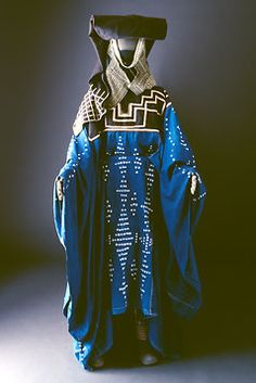 Location: Taif, Hijaz, Western Region  The noble tribe of Hudheyl lives in the Taif area. Hudheyl costumes are made of tie-dyed muslin applied in different patterns