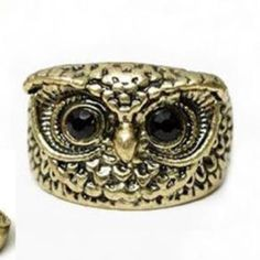 Vintage Looking Owl Ring Size 6 BRAND NEW.  I'd wear this!