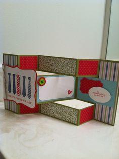 SU tri-fold card