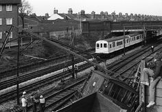 TfL Upton Park Underground Lines, London Underground Tube, London Transport, Public Transport, S Bahn, London History, East London, Tilbury, Old Photos