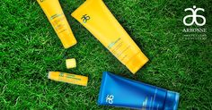 It feels amazing on my skin, so smooth, non-streaking, nor oily. The self tanner looks so natural, no orange tones. The mineral sunscreen in Arbonne® Liquid Sunshine formulas deflects harmful UVA and UVB rays from the surface of your skin, instead of absorbing the sun's rays like chemical sunscreens.