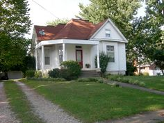 160 E 7th Street  $129,900 | On the Market 47 Days! Sold By: Farmer's House Real Estate, LLC