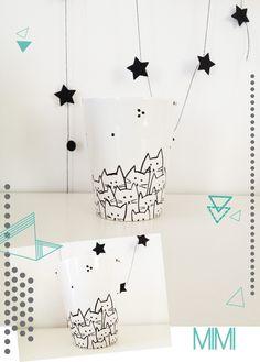 Mug en porcelaine avec motifs petits chats http://michetmich.canalblog.com/
