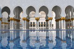 Sheikh Zayed Grand Mosque Cente - Abu Dhabi, United Arab Emirates