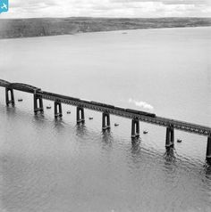 Oblique aerial photograph taken facing north. From the marvellous Britain from above archive. Dundee, Great Britain, Old Photos, Scotland, River, History, Bridges, City, Places