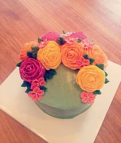 FIRST FLOWER CAKE - SPRING