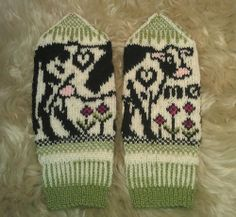 I must knit these for Eve someday!