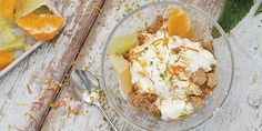 Aprovecha que tienes más tiempo para elaborar esta original versión de la tarta de queso.#TartaQueso #RecetasFáciles Easy Recipes, Salads, Dishes, Cheesecake, Pies, Summer Kitchen