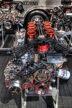 Roush engine. beautiful