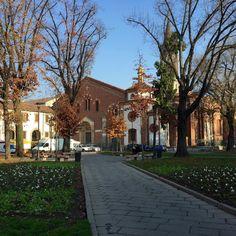 Bella Sant'Eustorgio #visitmilano #milano #milanodavedere #bellamilano #santeustorgio #santeustorgiomilano by silvia_tiberi