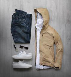 Rain rain go away. Shirt: @hamiltonshirts Linen Jacket: @clubmonaco Shoes: @commonprojects Watch: @uniformwares Glasses: @allynscura @taylorstitch Denim: RRL @ralphlauren by thepacman82