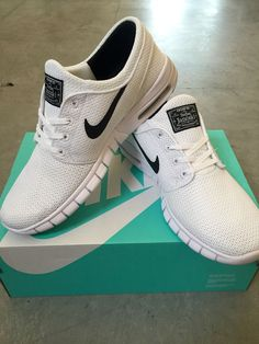 ed57eb69fd8b36 Nike roshe run shoes for women and mens runs hot sale. Browse a wide range  of styles from cheap nike roshe run shoes store.
