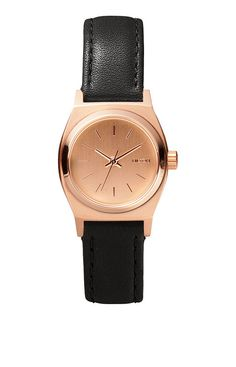Small Time Teller Leather. Bigger can be better, but in the case of Small Time Teller Leather, petite reigns supreme. Uncluttered by design, it's a simplified take on the boyfriend styling we're known for, only smaller. Subtle and understated, it's a look that captures, but doesn't beg for attention.