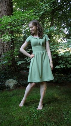 Completed: Colette Moneta Dress with a Tie Collar