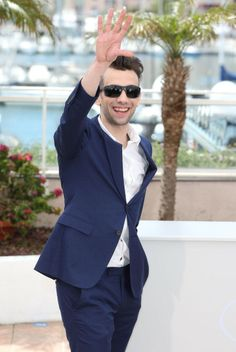Jay at the How to Train Your Dragon 2 Photocall in Cannes Film Festival on Jonathan Adams, Jay Baruchel, Dragon 2, How To Train Your Dragon, Cannes Film Festival, Suit Jacket, Breast, Suits, Jackets