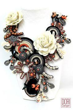 amazing necklace: Daphne