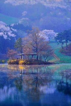 Lakeside Pavillion. Seosan.
