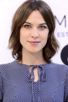 Bob Hairstyles 2019 To Inspire You To Go For The Chop Try On Hairstyles, Wavy Bob Hairstyles, Celebrity Hairstyles, Pretty Hairstyles, Japanese Hairstyles, Korean Hairstyles, Bob Haircuts, Alexa Chung Bob, Alexa Chung Style
