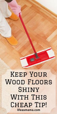 Wood floors- oh so beautiful but difficult to maintain and clean. These tips are so simple and cheap, you're going to wonder why you didn't think of it yourself. Household Cleaning Tips, House Cleaning Tips, Diy Cleaning Products, Cleaning Hacks, Floor Cleaning, Cleaning Recipes, Cleaning Solutions, Cleaning Agent, Spring Cleaning