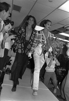 Cindy Crawford and Christy Turlington at Marc Jacobs Fall/Winter 1986