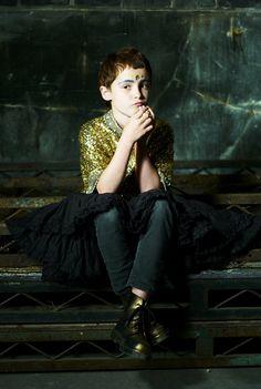 photography laura hart...  styling ashlyn gibson...