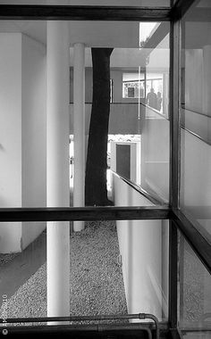 100420-20bn LA PLATA - Casa Curuchet (arq. Le Corbusier) - Rampas de acceso