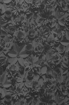 33,53€ Preço por rolo (por m2 6,29€), Papel de parede floral, Material base: Papel de parede TNT, Superfície: Relevo palpável, Vinil, Efeito: Mate, Design: Flores , Cor base: Antracite, Cinza basalto, Cinza negrusco, Cor do padrão: Antracite, Cinza basalto, Cinza negrusco brilhante, Características: Boa resistência à luz, Lavar com detergente indicado, Baixa inflamabilidade, Removível, Colar na parede