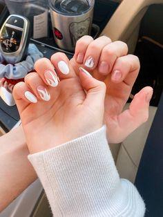G Nails, Shoe Nails, White Lines On Nails, Summer Toe Nails, Nail Tattoo, Cute Acrylic Nails, Cool Nail Designs, Almond Nails, Nail Trends