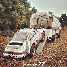 Safari Porsche 911 and Service Truck. Porsche 911, Porsche Carrera, Porsche Truck, Porsche Classic, Classic Cars, Classic Trucks, Ferdinand Porsche, Rally Car, Car Car