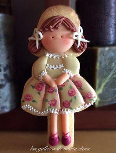 Little girl in pretty dress, Niña coqueta, by Maria Elena Alvarez Anton