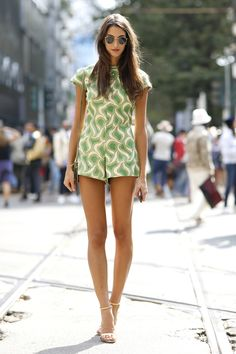 Extra long #legs with #nude #pumps