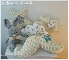 Ensemble de 5 décoration de chambre enfant, doudou, peluche garçon tissu forme géométrique jaune