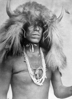 Sioux buffalo headdress