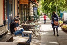 Tolle Cafés zwischen Altbauten und Neubauwohnungen
