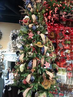 1000 Images About Bonnie Clyde 39 S Christmas On Pinterest Pre Lit Wreath Box Company And Out