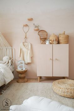 Nursery Design, Nursery Decor, Farmhouse Bedroom Set, Small Toilet Room, Cool Kids Bedrooms, House Color Schemes, Baby Bedroom, Home Decor Inspiration, Girl Room