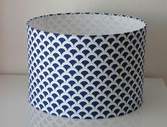 Abat-jour à suspendre tissu motifs bleus : Luminaires par anne-claude-c