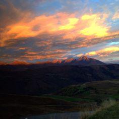 Lever de #soleil sur #Peyresourde le 21 octobre 2014. #Peyragudes #Montagne #Pyrenees