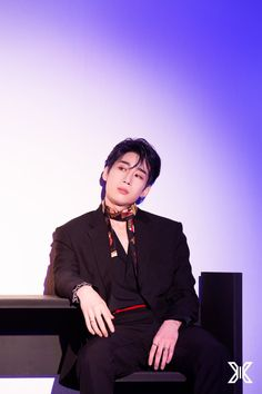 Image uploaded by ɢᴏʟᴅᴇɴ ɪᴅᴏʟ. Find images and videos about kpop, and seungwoo on We Heart It - the app to get lost in what you love. Korean Boy Bands, South Korean Boy Band, Quantum Leap, Love U Forever, Fandom, Picture Credit, Debut Album, Boyfriend Material, K Idols